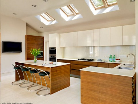 Callum Walker Interiors Modern simple kitchen